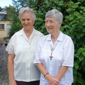 Sisters Ann Kelly and Jean Langley (L to R)